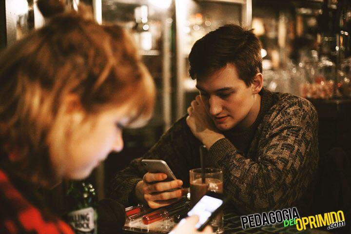 🚔📱 Técnicas de estudio: ¿Estudiar con el celular o evitarlo?
